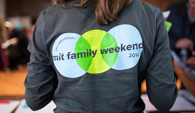 A tshirt that says MIT Family Weekend
